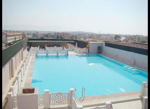 Bay ve Bayan Özel Havuza Sahip, Uygun Fiyatları ile Yeşilöz Otel