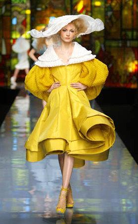 Dior 2010 Kış Koleksiyonundan Elbise Ceket Manto Modelleri