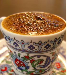 Bir Fincan Kahvenin Hacıbozanoğlu'nda Kırk Yıl Hatırı Var