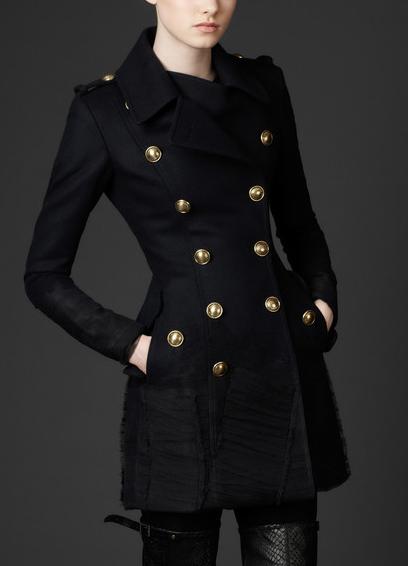 2011 Sonbahar K%C4%B1%C5%9F Tunik Modelleri Burberry 2012 Sonbahar Kış Koleksiyonunda Trençkot Modelleri