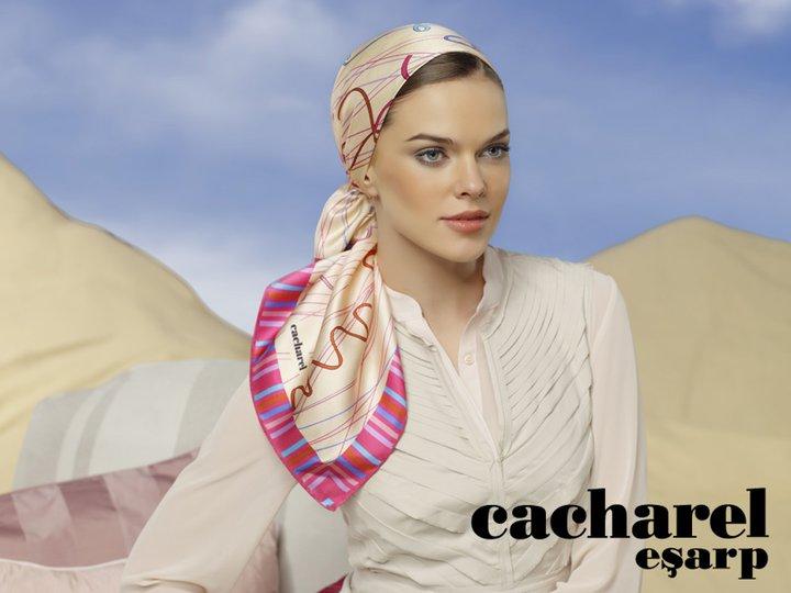 Cacharel Eşarp 2011 Yaz Koleksiyonu