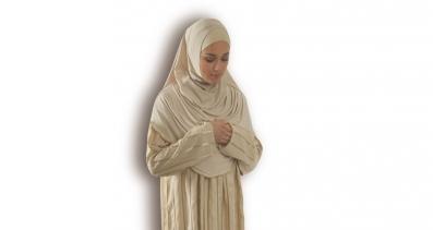 Sıcak Ramazan Günlerinde Tek Parça Namaz Elbisesi