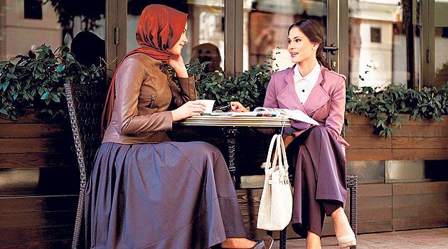 Tesettür Giyim Firmaları Çalışan Kadını Keşfetti!