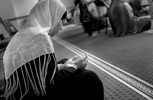 İslamda Kadın Toplumun Gerçek Mimarıdır