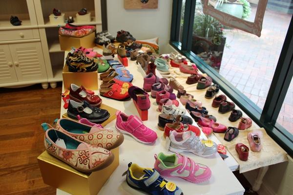Çocuklara Ayakkabı Alırken Nelere Dikkat Etmeli?
