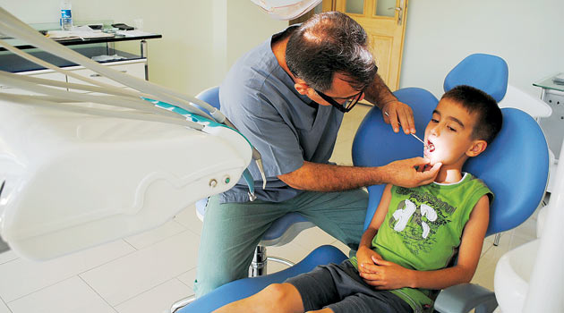 Çocuklarda Diş Çürümesi Yavaşlatılabilir