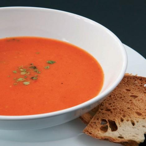 közlenmiş kırmızı biberli domates çorbası