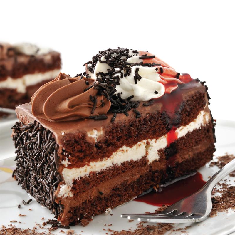 kremalı ve çikolatalı pasta