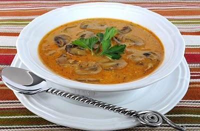 salçalı-mantar-çorbası