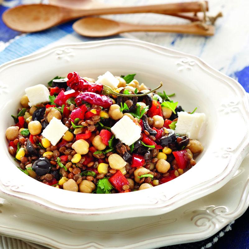 Akdeniz Usulü Bakliyat Salatası