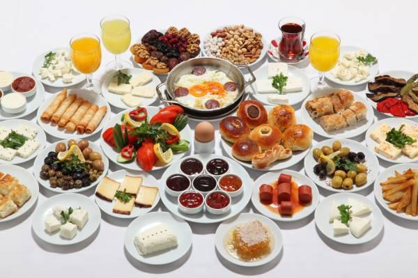 Bir Pazar Klasiği, Pazar Kahvaltısı…