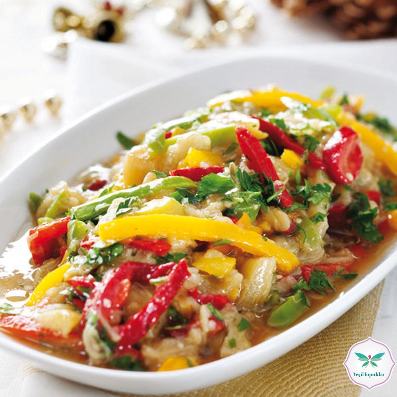 Patlıcanlı-Karışık-Tatlı-Biberli-Salata