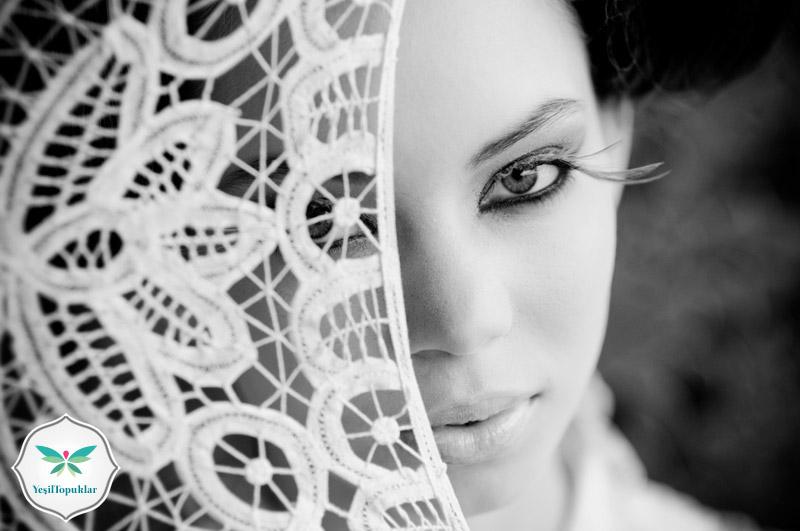 Tesettürlü-Nişanlık-ve-Gelinlik-Modelleri-2013