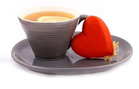 Aşk, Sevgi ve Çay Üzerine…
