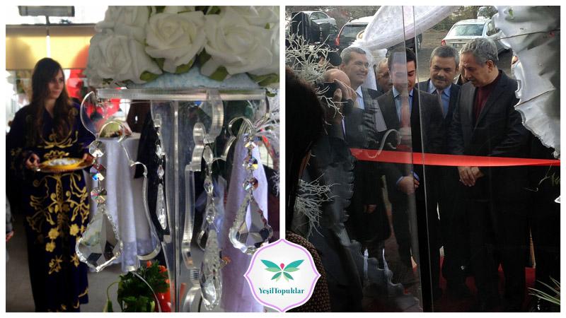 Naquesh Cafe&Butik Bülent Arınç'ın Katılımlarıyla Açıldı
