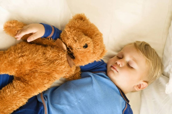 Çocuklarda Aşırı Bağlanma Duygusu Tehlikeli mi?