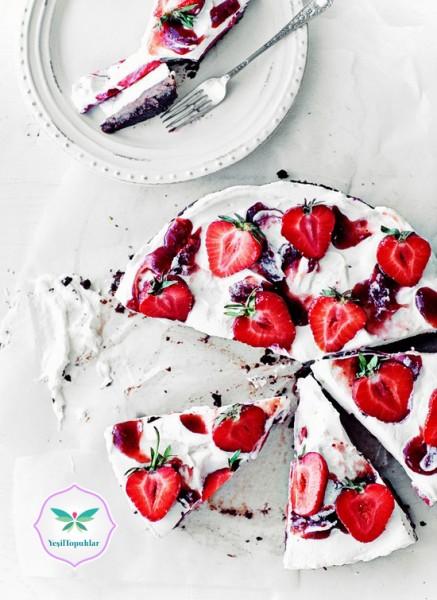 Çilekli-Pasta