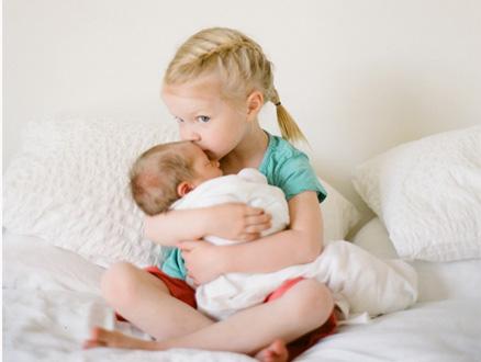 Bebeklerde Öpücükle Bulaşan Hastalıklar
