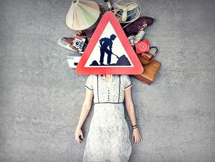 Yılgın Kadınlar ve Çantaları