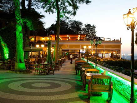 Desde Cafe & Restaurant ile İstanbul Ayaklarınızın Altında!