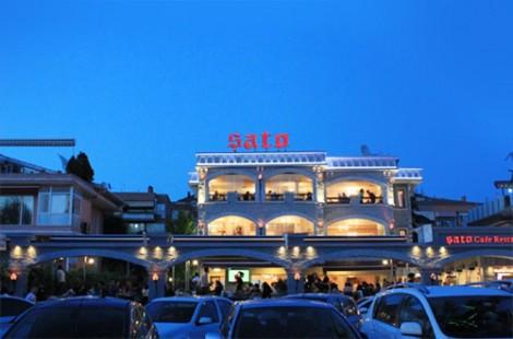 Şato Cafe Gece Görüntüsü