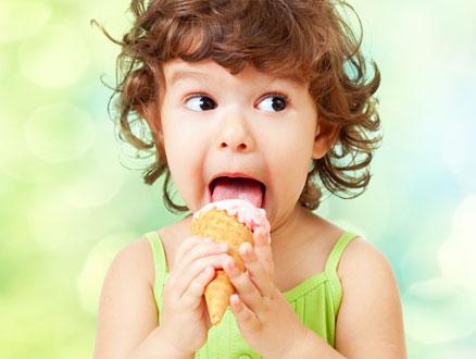 Çocukların Yaz Aşkı Dondurma Masum mu, Nasıl Yenmeli?