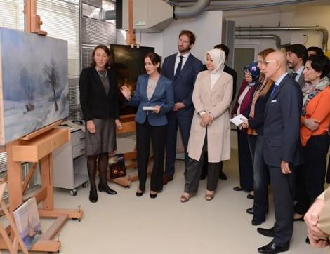 Hayrünnisa Gül, Köşk'teki Tabloların Restorasyon Çalışmalarını İnceledi