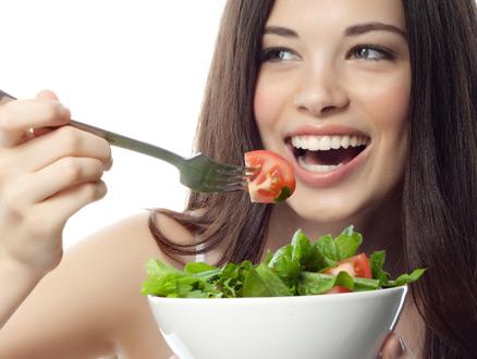 Diş Beyazlatan Yiyecekler Nelerdir?