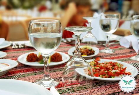 İslam'da Yeme İçme Adabı ve Miktarı