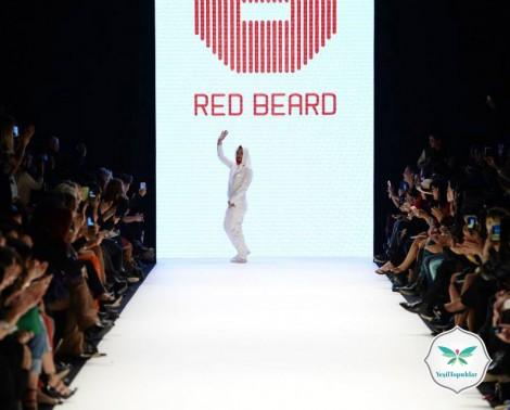 Tanju Babacan'dan Başörtülü Mesaj İstanbul Fashion Week