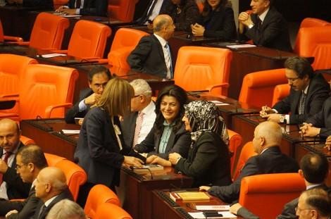 Başörtülü Kadın Millet Vekilleri Meclis Genel Kurulu'nda