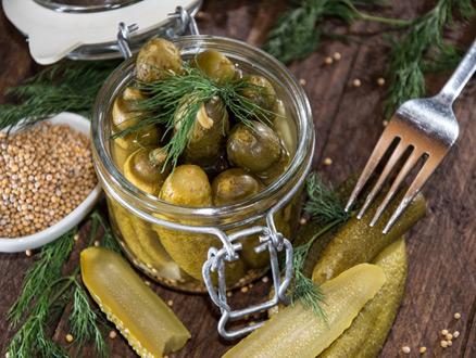 Osmanlı Mutfağının En Lezzetli Turşu ve Salataları