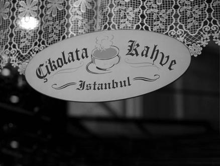 Sıcacık Bir Mutluluk: Çikolata-Kahve İstanbul
