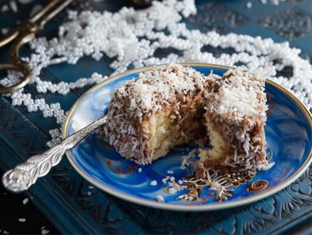 Erimiş Çikolatalı ve Lokum Kek Tarifleri