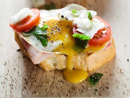 Farklı Sunumlarıyla Kahvaltı Sofralarına Özel Yumurta Tarifleri