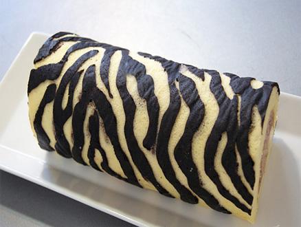 Zebra ve Dalmaçyalı Desenleriyle Lezzetli Rulo Pasta Tarifleri