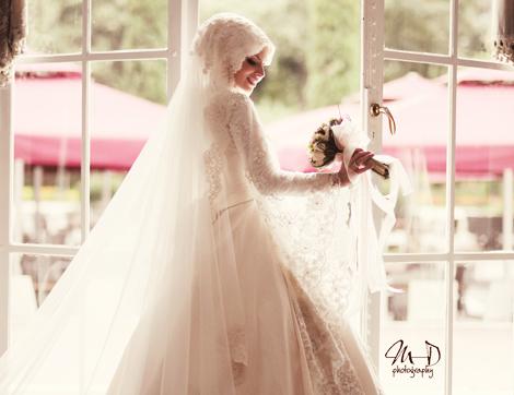 Düğüne Kıt Adım Bir, İki, Üç!