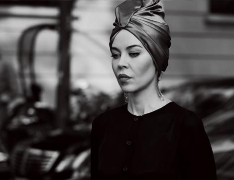 Ulyana Sergeenko'nun Nostaljik Stili