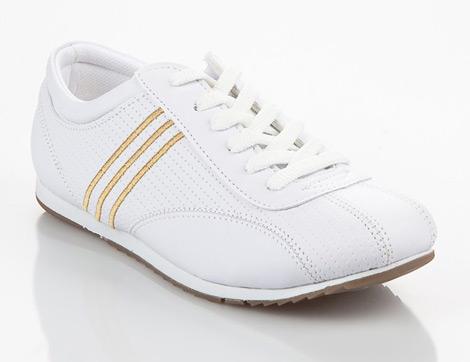 Baharın Yükselen Trendi Beyaz Spor Ayakkabı