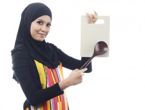 İslam'a Göre Kadın Evinde İş Yapmaya Mecbur mudur