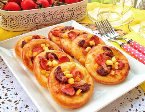 Porsiyonluk Mini Pizza Tarifi