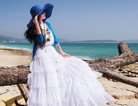 Yaza Özel Renkli Tatil Kombinleri