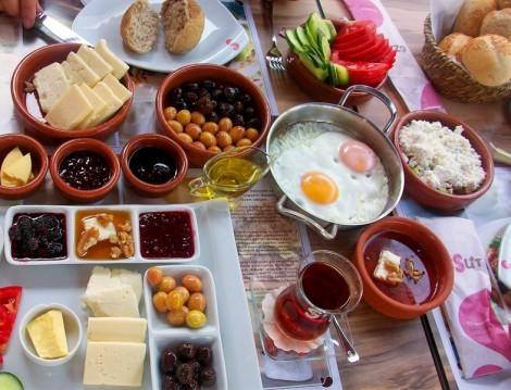 İstanbul Sahur Mekanları 2014 Sütiş