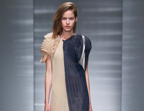 Yükselen Trend Pilise Etek ve Elbiseler
