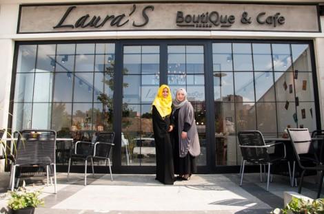 Laura's Boutique & Cafe