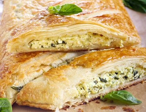 Çıtır Çıtır Bir Lezzet: Peynirli Ispanaklı Börek
