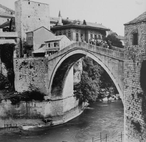 Tarihi Mostar Köprüsü