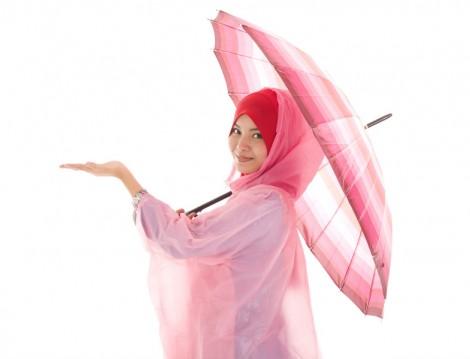 Pembe Çizgili Şemsiye ve Yağmurluk Modeli