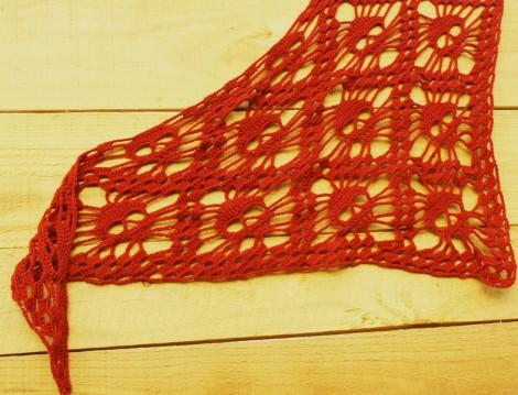 El Örgüsü Kırmızı Şal Modeli