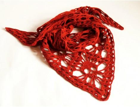 Kırmızı El Örgüsü Fular Modeli